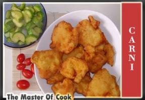 Medaglioni di pollo fritto con zucchine