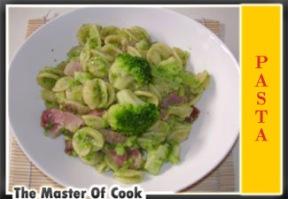 Orecchiette con broccoli e speck