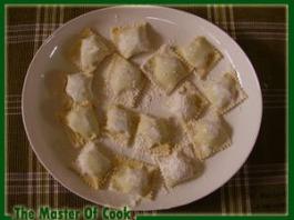 ravioli-di-ricotta-e-spinaci-crudi-1