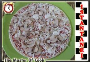 Pizza ristorante funghi2