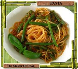 Spaghetti al sugo con fagiolini