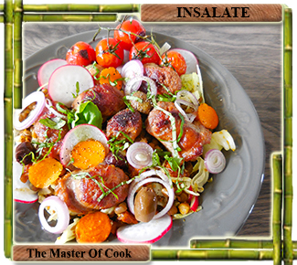 Insalata ricca di lenticchie e salsiccia